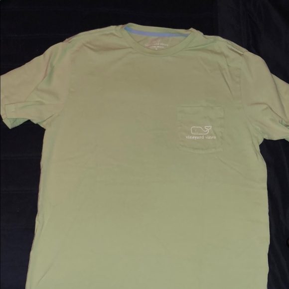 Vineyard Vines Men/'s S//S Mojito Green Vintage Whale Graphic Pocket T-Shirt